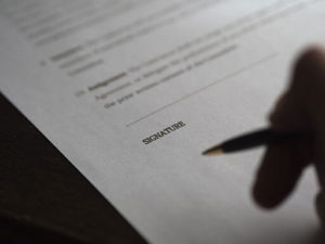 contract signing freelance leads